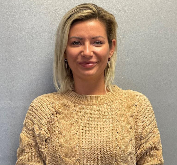 Barbara Gomes Management and Technical Sales at Nycote